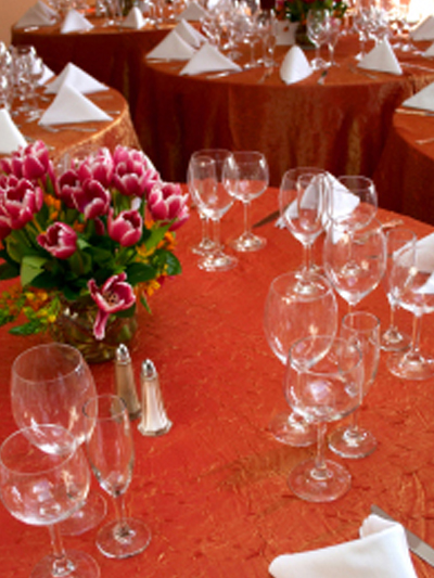 red crinkle tablecloths